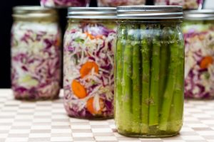 Fermented foods are a source of probiotics